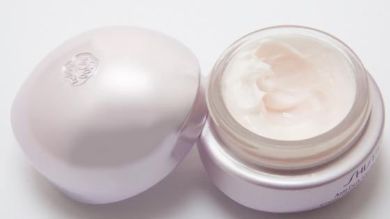 produk kosmetik jenama sendiri